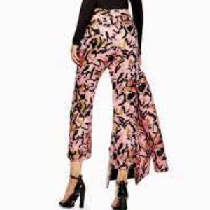 Topshop High-Rise Cropped Animal-Jacquard Trousers Pink 10